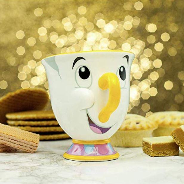 La tazza Chicco è la perfetta riproduzione del personaggio de La Bella e la Bestia della Disney. Identico all'originale, in ceramica, è ovviamente prodotto con licenza ufficiale Disney.