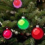 Decora l'albero di Natale con questi ornamenti pixellosi a 8 bit. Ognuno di questi set di ornamenti fatti a mano include quattro palline di Natale con pixel art a 8 bit.