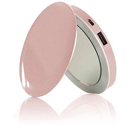 HYPER Pearl è un Power Bank da 3000 mAh incorporato in un doppio specchietto illuminato a LED perfetto complemento tecnologico per tutte le donne!