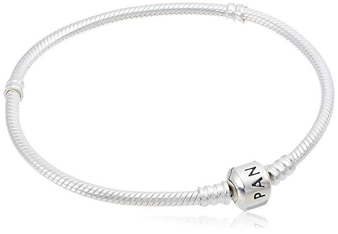 Se cerchi un regalo da ragazza o da donna e vuoi andare sul sicuro, un bracciale Pandora è una scelta vincente.