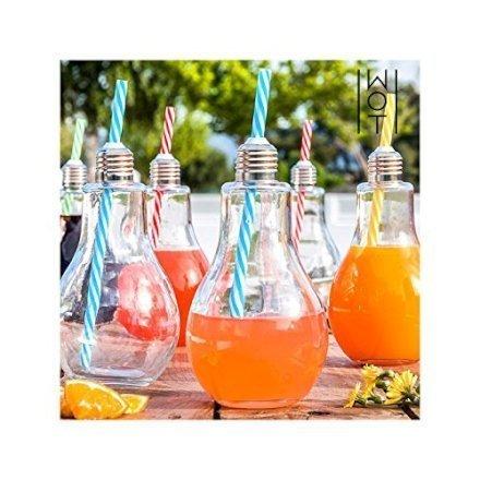 """Stai cercando una idea regalo per i tuoi amici? Non è vero che """"hanno tutto""""! Guarda questi bicchieri a forma di lampadine, per esempio!"""