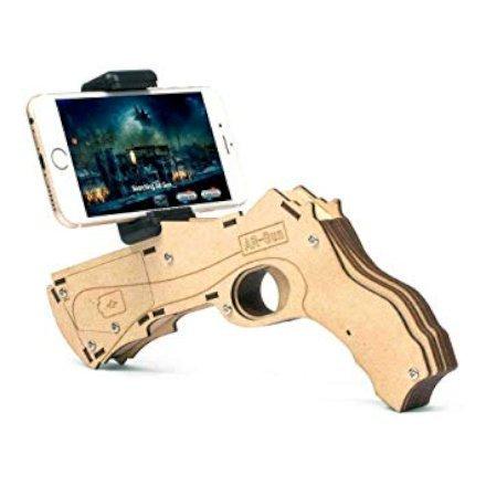 Pronto ad un mondo pieno di realtà virtuale ed aumentata? Questa pistola da gioco ti permetterà di giocare in un mondo di realtà virtuale usando lo smartphone che già possiedi!