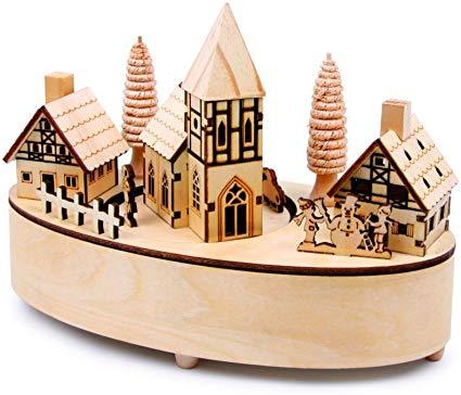 Sei in cerca di una idea regalo originale per Natale? Questo carillon in legno potrebbe essere il regalo che cercavi!