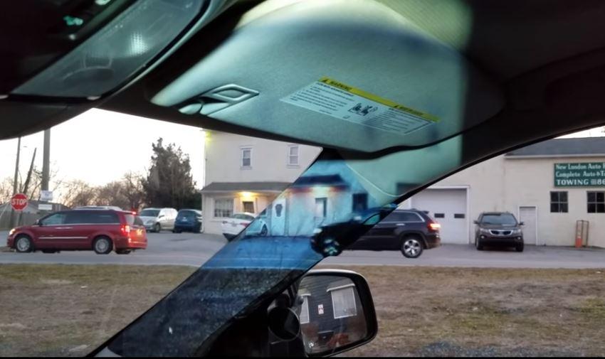proiettore per auto di sicurezza
