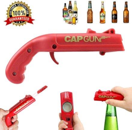 Stappa la tua birra o il tuo aperitivo e divertiti a spararlo con questa pistola apribottiglie. La forma è quella di una pistola dell'ottocento, ma l'uso è sicuramente più divertente!