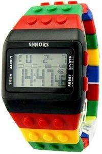 Se non vedi l'ora di avere un po' di tempo libero per dedicarti alla tua passione per i Lego, allora questo orologio è proprio quello che fa per te!