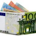 Se non puoi permetterti di avere pezzi da 100 nel tuo portafoglio puoi sempre consolarti con un portafoglio a forma di 100€!