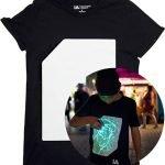 La T-Shirt Fluorescente Interattiva di Illuminated Apparel è un sorprendente capo di abbigliamento sul quale puoi disegnare con… la luce!